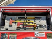 Yxa utrustning för brandlastbil, brandbekämpninghjälpmedel royaltyfria foton