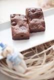 Zäher Fudge-selbst gemachte Schokoladenkuchen Stockbilder