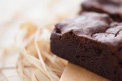 Zäher Fudge-selbst gemachte Schokoladenkuchen Lizenzfreies Stockfoto