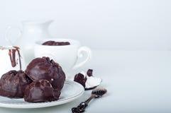 Zéphyr de chocolat et tasse de café Images libres de droits