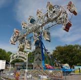 Zíper, passeio de excitação do parque de diversões fotos de stock