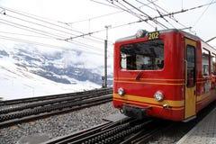 Züge der Zahnradbahn zu Jungfrau, die Schweiz Stockbilder