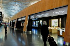 Zürich-airport Duty Free shopping: jewelery, swiss watches and stock image