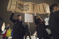 Zürich, am 5. Februar 2017 Protestieren Sie in Solidarität mit dem Protest gegen die Regierung in Bukarest Lizenzfreies Stockfoto