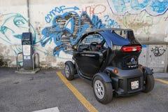 Zürich, Zwitserland - Oktober 7, 2016: Klein Renault Twizy verkiest Royalty-vrije Stock Afbeelding