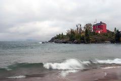 Zła pogoda nad Marquette schronienia latarnią morską, Michigan, usa Zdjęcie Stock