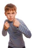 Złej łobuza dziecka chłopiec blond gniewne agresywne walki Fotografia Royalty Free