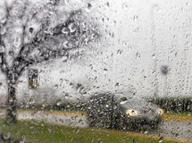Złej pogody jeżdżenie na sposobie Zdjęcia Stock