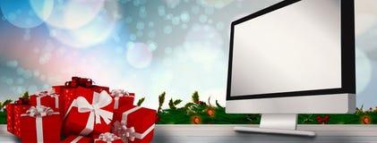 Złożony wizerunek czerwoni prezenty z białym łękiem Zdjęcia Royalty Free