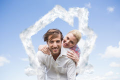 Złożony wizerunek daje piggyback jego dziewczyna przystojny mężczyzna Obrazy Stock