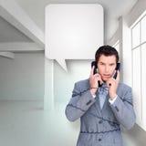 Złożony wizerunek gniewna biznesmen gmatwanina up w telefonie depeszuje Zdjęcia Royalty Free