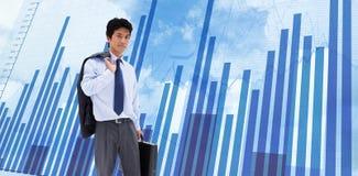 Złożony wizerunek portret biznesmen trzyma teczkę i jego kurtkę na jego ramieniu Zdjęcie Stock