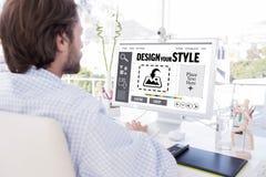 Złożony wizerunek pracuje na jego komputerze desinger Obrazy Royalty Free