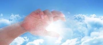 Złożony wizerunek ręka udaje trzymać niewidzialnego przedmiot mężczyzna Obrazy Stock
