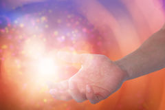 Złożony wizerunek ręka udaje trzymać niewidzialnego przedmiot mężczyzna Obraz Stock