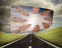Złożony wizerunek ręki wpólnie na abstrakta ekranie Obraz Stock