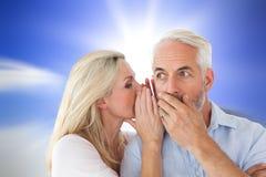 Złożony wizerunek szepcze sekret mąż kobieta zdjęcie stock