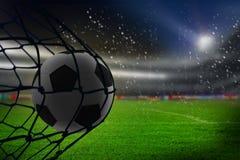 Złożony wizerunek uderza plecy sieć futbol royalty ilustracja