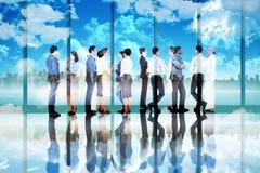Złożony wizerunek wiele ludzie biznesu stoi w linii Fotografia Royalty Free