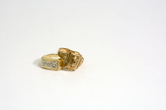Złociści pierścionki fotografia stock