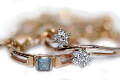 złociści złoci pierścionki Zdjęcia Stock