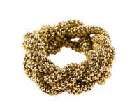Złoci koraliki splatający łańcuchu bangle Fotografia Stock