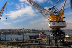Złoci róg stoczni żurawie Istanbuł, Turcja obrazy royalty free