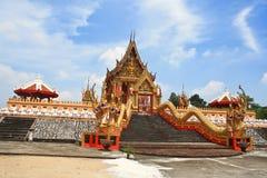 Złocista świątynia. Zdjęcia Royalty Free