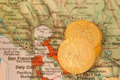 złocista monety mapa obraz royalty free