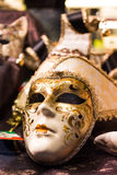 Złocista Wenecka maska Obrazy Stock