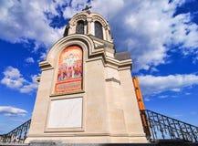 Złociste Cebulkowe kopuły Aleksander Nevsky katedra Zdjęcia Royalty Free