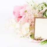 Złociste obrączki ślubne Zdjęcia Royalty Free