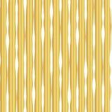Złocistej folii pionowo linii wektoru ręka rysujący bezszwowy wzór Biali faliści nieregularni lampasy na złotym tle Elegancki pro ilustracja wektor