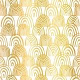 Złocistej folii tęcza kształtuje bezszwowego wektoru wzór Złoci abstrakcjonistyczni połówka okręgi na białym tle Elegancki projek royalty ilustracja