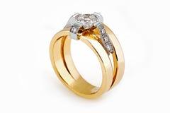 Złocisty diamentowy pierścionek Zdjęcie Stock