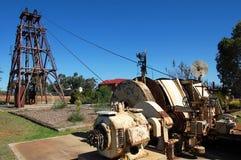 Złocisty górniczy przemysłowy zabytek zdjęcia royalty free