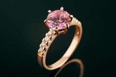 złocisty pierścionek Obraz Royalty Free