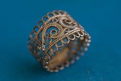 Złocisty pierścionek Zdjęcia Stock