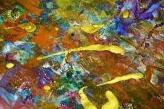 Złocisty purpurowy fiołkowy jaskrawy rocznik bryzga, kolorowi żywi woskowaci kolory, kontrasta kreatywnie tło Fotografia Stock