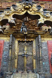Złota świątyni lub Hiranya Varna Mahavihar pagoda wewnątrz Zdjęcie Stock