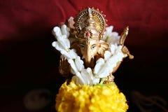 Złota Hinduska bóg Ganesha władyka sukces obraz stock
