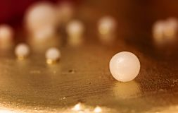 Złota i perły fondant torta ornamentu tło Obraz Stock