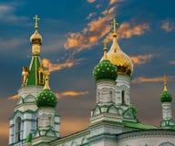 złota kościelna kopuła zdjęcie stock