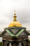 Złota kopuła Ortodoksalna katedra zdjęcie royalty free