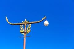 Złota latarnia uliczna Zdjęcie Royalty Free