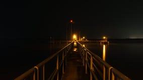 Złota lekka platforma w rzece i ścieżka Obraz Royalty Free