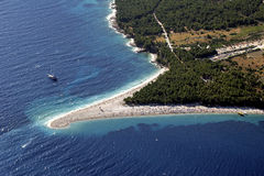 Złota przylądek plaża w Bol, Brac wyspa obrazy stock