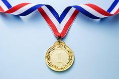 Złotego medalu 1 miejsce z faborkiem fotografia stock