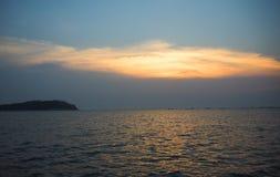 Złoto mógł po słońca ustawiać i niebo Fotografia Royalty Free