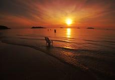 złoto słońca w raju ilustracji